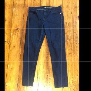 GAP Jeans 10